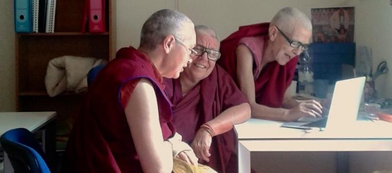 monache buddhiste