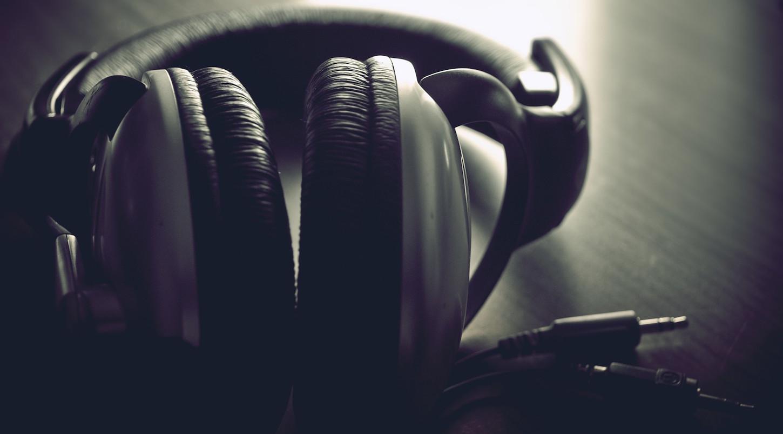 music-headphones